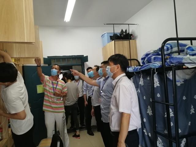 党委副书记欧汉生带队开展学生宿舍安全督查工作