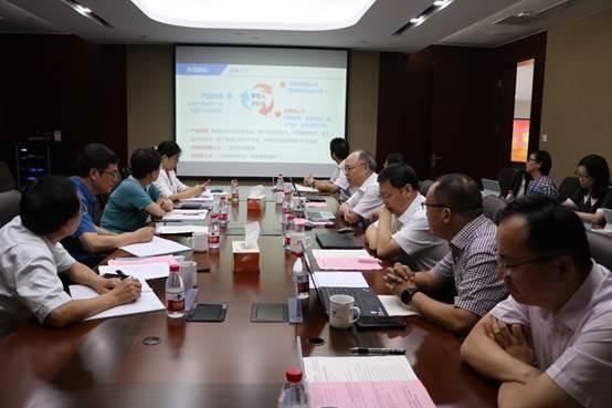 江苏现代职业教育研究院调研我校社会扩招及产业教授工作