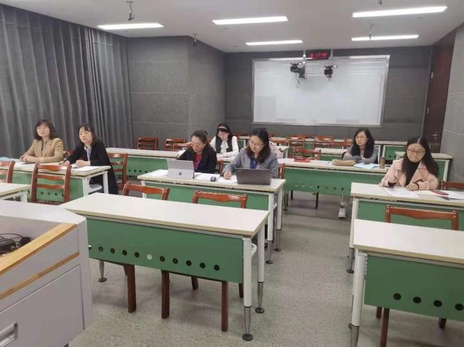 通识部顺利完成新教师教育教学基本素质和能力测试